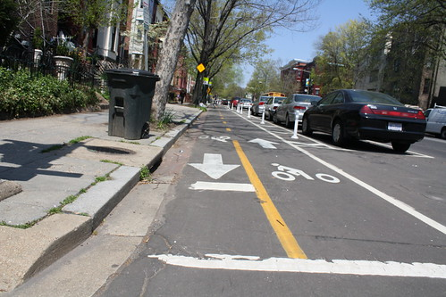 04.BikeLane.15Q.NW.WDC.15April2011