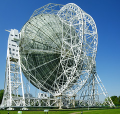 sport venue(0.0), recreation(0.0), outdoor recreation(0.0), stadium(0.0), ferris wheel(0.0), dome(0.0), park(0.0), amusement park(0.0), radio telescope(1.0), landmark(1.0),