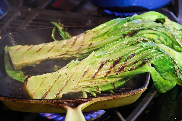 Grilled Sword Leaf Lettuce