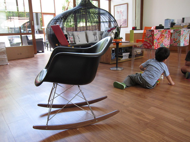 All the news that 39 s hip to print - Chaise a bascule eames ...