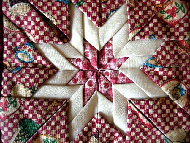 Folded Star Quilt Block http://kodattern.net/folded-quilt-pattern/