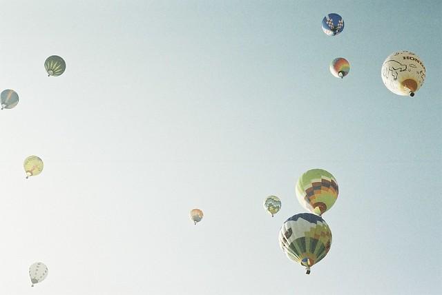*hot balloon