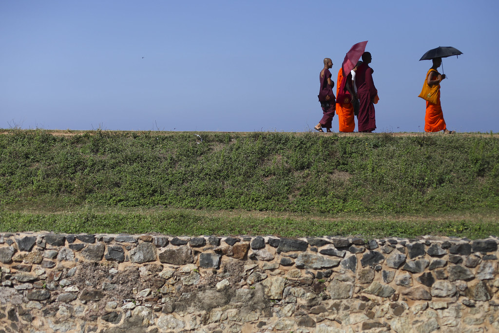 Monks on the remparts, Galle