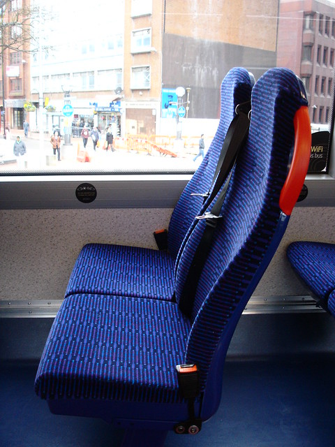 bus with 3 point seatbelt