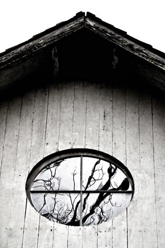 white black reflection window barn week16 myfathersbarn themereflections 52oftwentyeleven