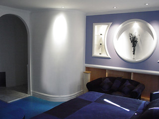 Bedroom hump wall