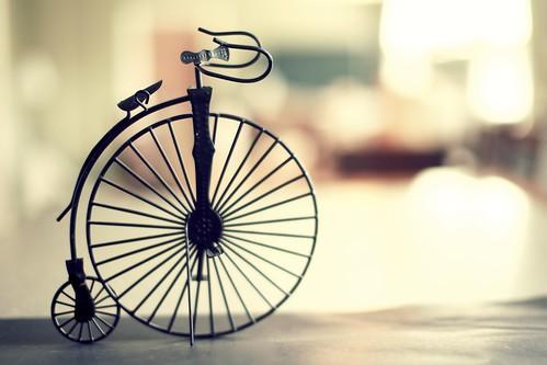 light bike cycling bokeh pennyfarthing day97 1147 day97365 3652011 365the2011edition