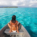 boat-woman-tahiti