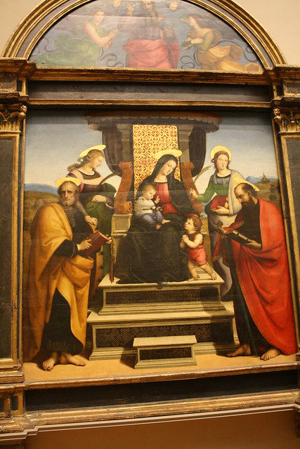comparison between the enthroned madonna with Proto-renaissance in italy including an excellent video comparison of cimabue's santa trinita madonna madonna enthroned from the church of ognissanti.
