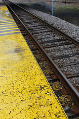 201104_26_01 - The Yellow Line