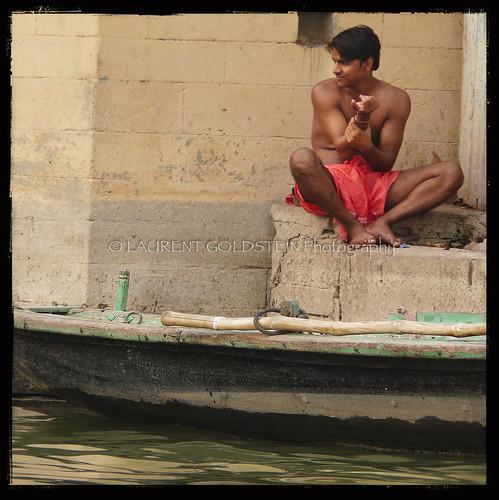 people india man male water river square boat skin atmosphere human soul varanasi dharma kashi ganga ganges benares benaras uttarpradesh भारत corporeal indiasong corporeality thebestofday gününeniyisi