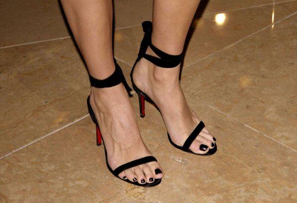 harmon feet Angie