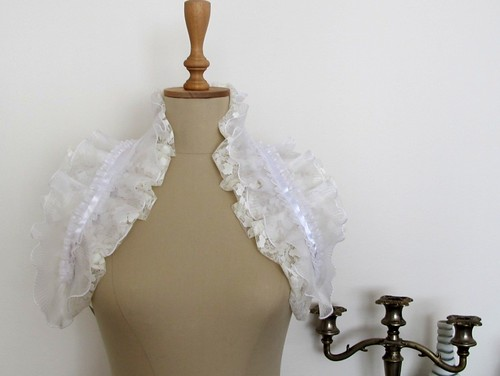 DIY boléro à volants / ruffle_shrug