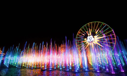 world california color canon disney adventure land 1740mm f4l