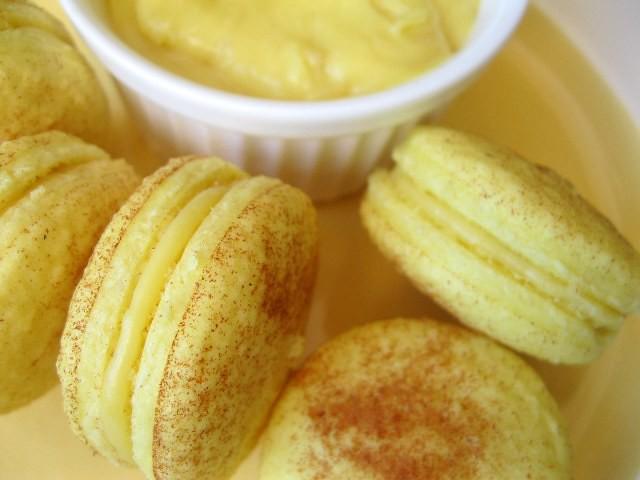 Sweet cinnamon macs with durian ganache