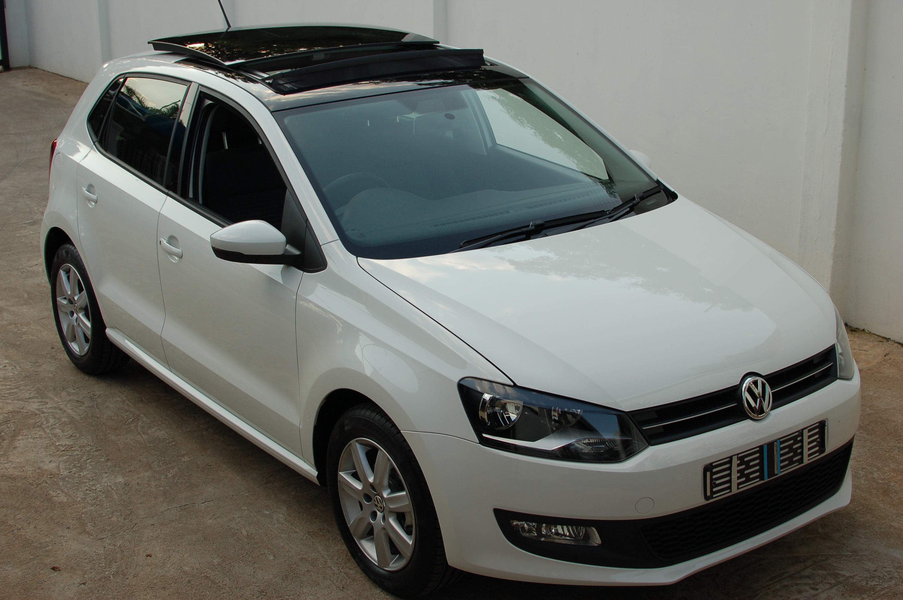 vw polo 1 6 panoramic sunroof flickr photo sharing. Black Bedroom Furniture Sets. Home Design Ideas