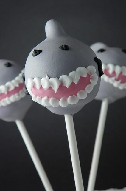 how to make shark cake pops