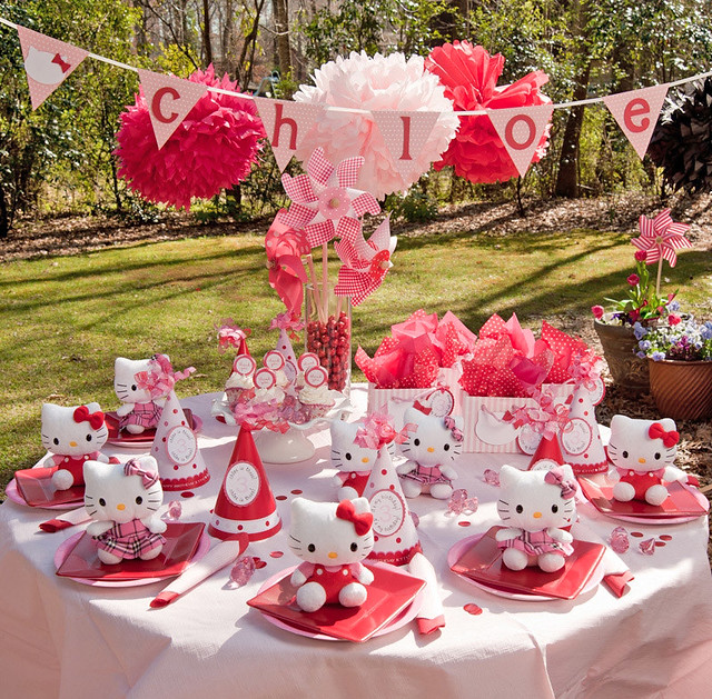 Hello Kitty Party Table Explore Amys Ideas