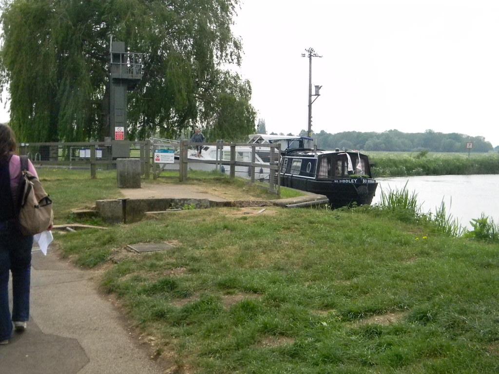 Unusually named boat Huntingdon Circular