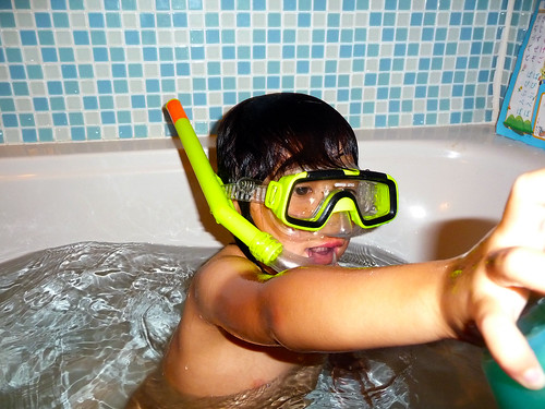 bath snorkeling