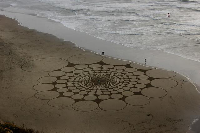 sand design by Jim Denevan, Ocean Beach San Francisco  2008