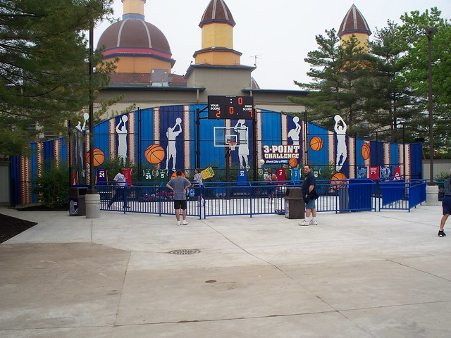 Cedar Point - Chaos 3-Point Challenge