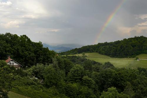green rainbow colours mirna zeleno gozd sonce razgled nevihta barve mavrica debenec praprotnica