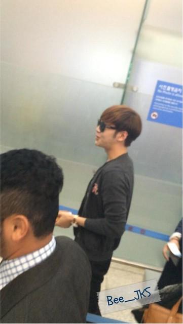 [Pics] JKS departs from Seoul to Beijing_20140425 14016128661_7c7e7e579d_z