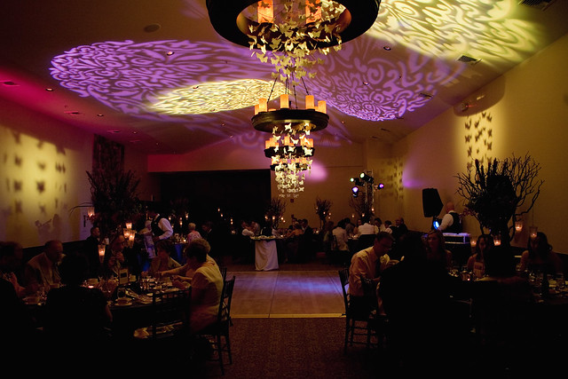 Monet Ballroom wedding decor and lighting effects photo courtesy of Sedona
