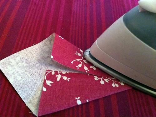 how to make bunting meg pickard. Black Bedroom Furniture Sets. Home Design Ideas