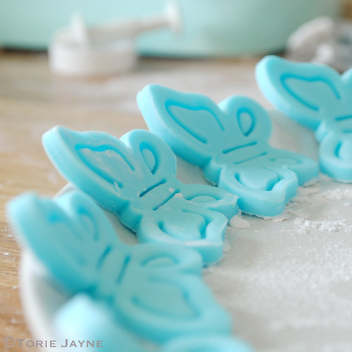 Fondant blue butterflies