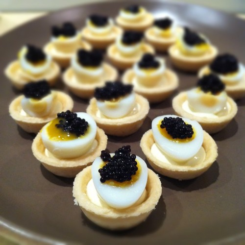 The happiest meal quail egg and caviar canap s for Canape with caviar