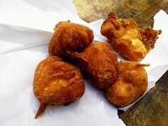 croquette(0.0), fish(0.0), arancini(0.0), meat(0.0), produce(0.0), dessert(0.0), beignet(0.0), oliebol(1.0), fried food(1.0), rissole(1.0), fritter(1.0), pakora(1.0), food(1.0), dish(1.0), cuisine(1.0), fast food(1.0),