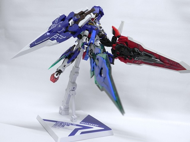 Metal Build Gundam Avalanche Exia