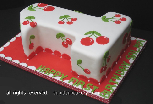Number 2 Shaped Cakes http://www.flickr.com/photos/cupidcupcakery/5860229180/