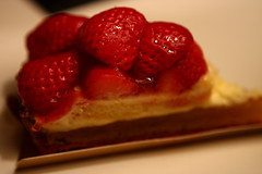 meal(0.0), pavlova(0.0), plant(0.0), produce(0.0), raspberry(0.0), breakfast(1.0), strawberry pie(1.0), strawberry(1.0), sweetness(1.0), baked goods(1.0), frutti di bosco(1.0), fruit(1.0), food(1.0), dish(1.0), dessert(1.0),