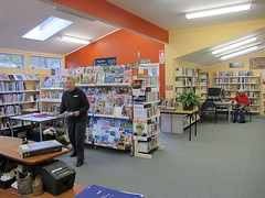 Diamond Harbour Library visit