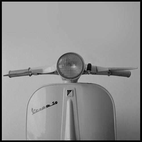 Vespa 50 N 1964 by Andrea Bertollo