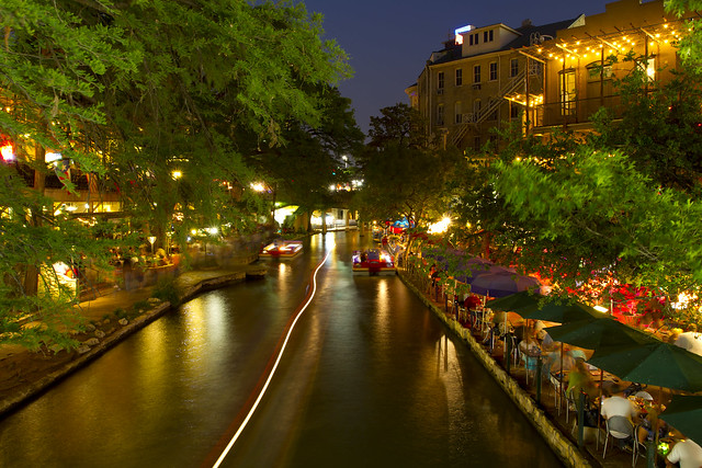 San Antonio Riverwalk Evening - Flickr CC stuseeger