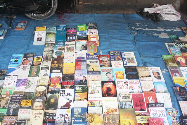The Delhi Walla Spotted in Daryaganj's Sunday Book Bazaar!