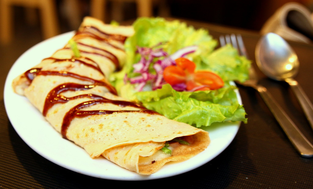 Ultimate Upper Thomson Food Guide: little part 1 cafe crepe