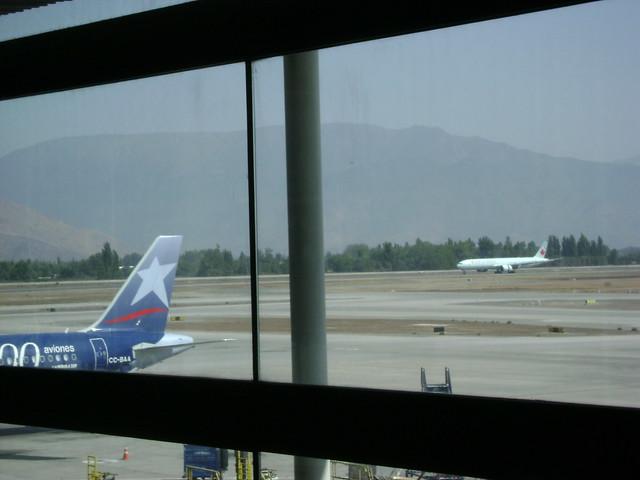 LAN, Aeropuerto de Santiago/Santiago Airport, AMB, Santiago, Chile - www.meEncantaViajar.com