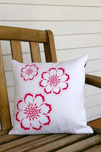 Modern Pillow Cover Design : photo