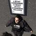 Action @ Sénat (Aides & Act Up-Paris) Pour le droit au séjour pour soin