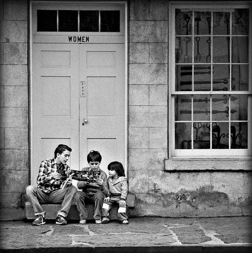 street urban blackandwhite bw children blackwhite tmax streetphotography westvirginia harpersferry urbanphotography 500x500 olympusom2n 50mmzuikolens 4tografie minoltamultiproscanner
