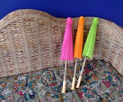 straw(0.0), thread(0.0), art(1.0), weaving(1.0), textile(1.0),