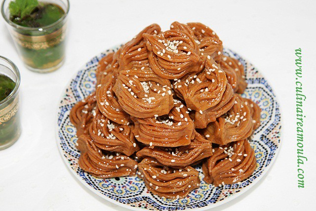 "Bouchnikha ""Spécialité Ramadan""  http://www.culinaireamoula.com/2014/06/bouchnikha-specialite-ramadan.html"