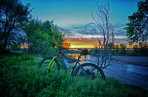 bike sunrise nikon colorado cyclist trails wideangle denver explore hdr giantbicycles d7000 denvertrails seek3 coloradobiketrails