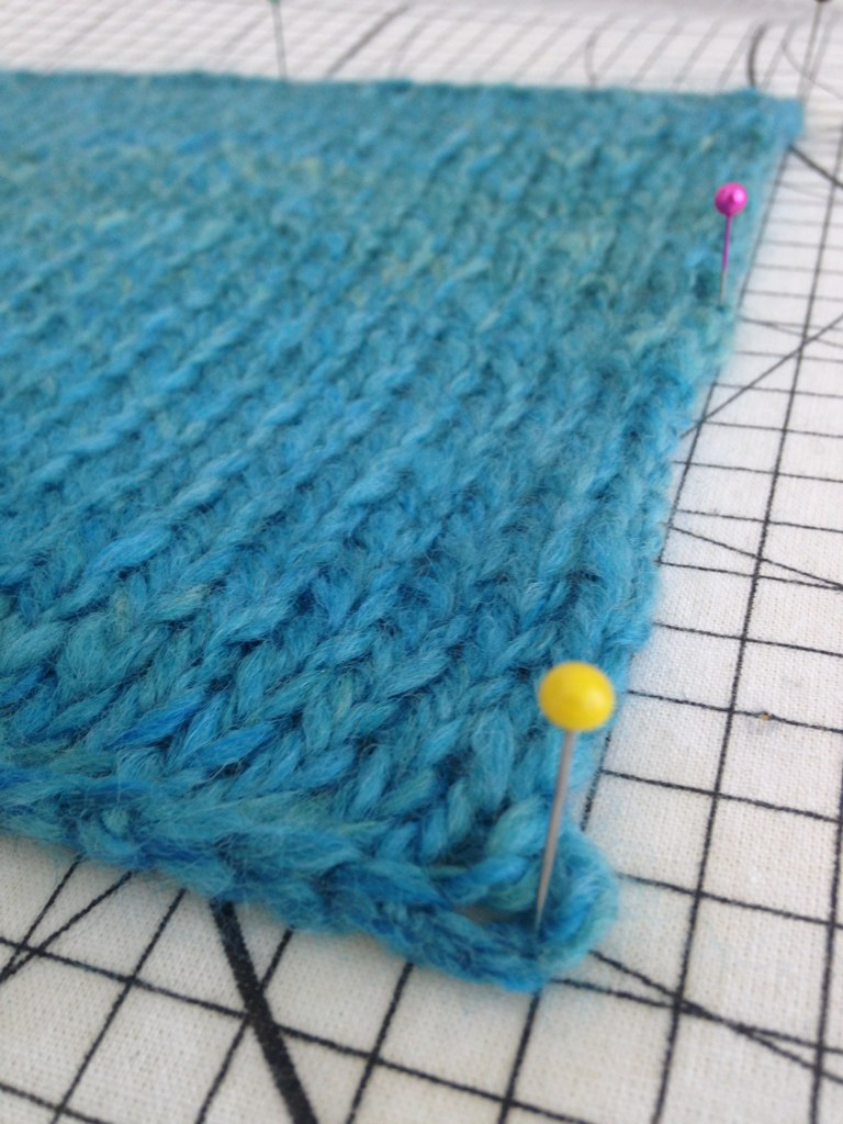 Woolen swatch blocking