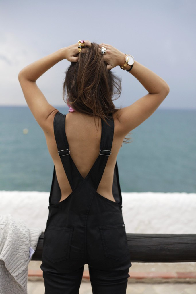 07__black_jumpsuit_outfit_reiko_blogger_barcelona_theguestgirl